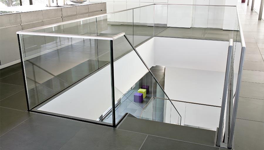 Ganzglasgeländer – Privathaus Königswinter • Trimborn Metallbau