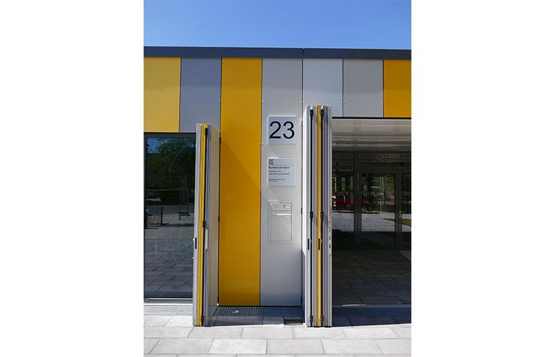 Quartiers – und Jugendzentrum • Trimborn Metallbau